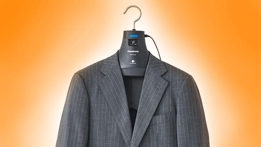 High-tech hanger